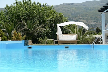 Picture of Paradise Art Hotel in Andros