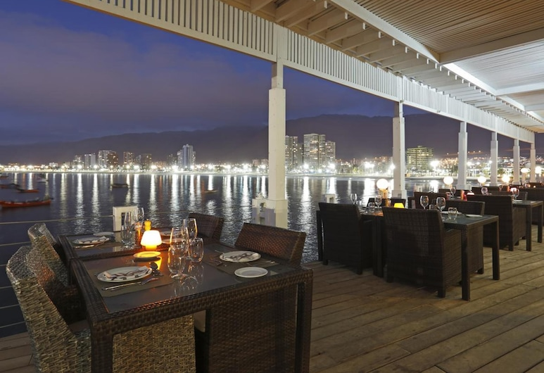 Terrado Suites Iquique, Iquique, Restaurante al aire libre