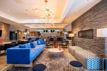 Picture of Sandman Signature Mississauga Hotel in Mississauga