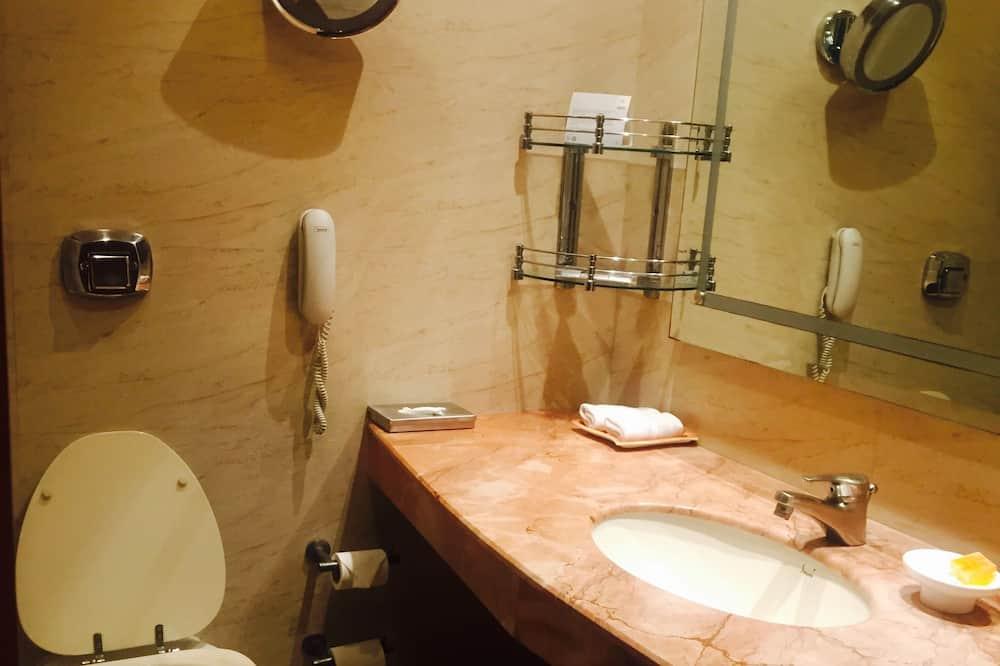 クラブ ルーム - バスルーム