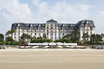 라 볼-에스코블락의 오텔 바리에르 레르미타주 사진