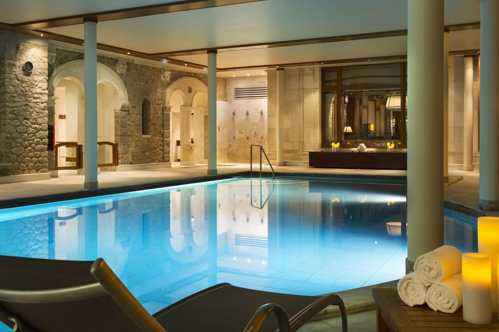 Hôtel Barrière Le Royal La Baule, La Baule Escoublac, Indoor Pool