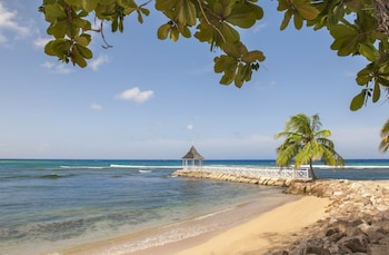 Picture of Half Moon in Montego Bay