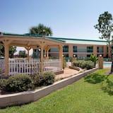 Best Western Flagship Inn
