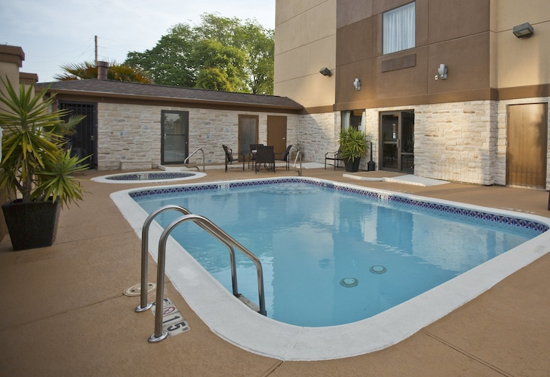 Holiday Inn Express & Suites Houston North-Spring Area, Spring, Πισίνα