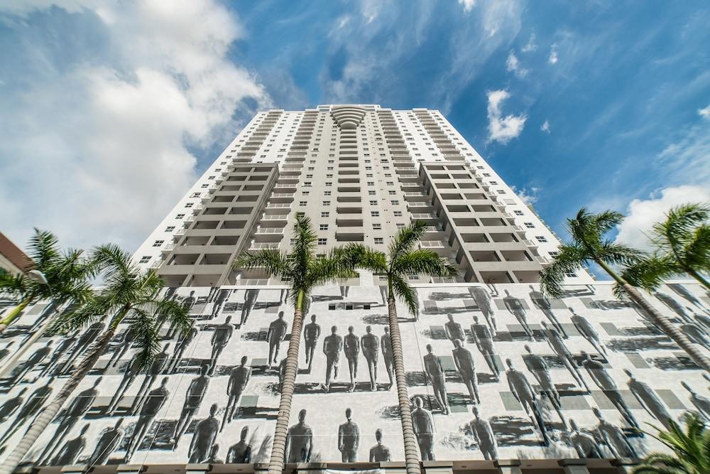Fortune House Hotel Suites, Miami