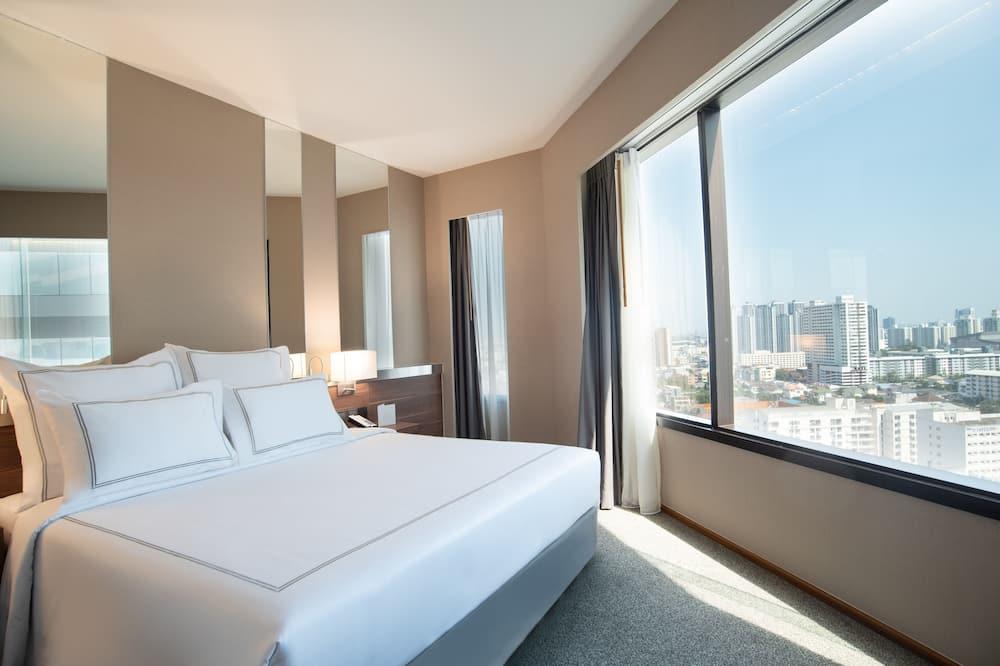 Suite, 1 Bedroom - City View