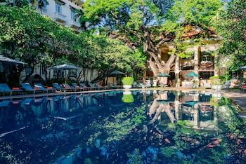 תמונה של Raffles Hotel Le Royal בפנום פן