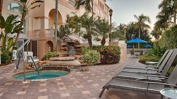 A(z) Hilton Naples hotel fényképe itt: Naples