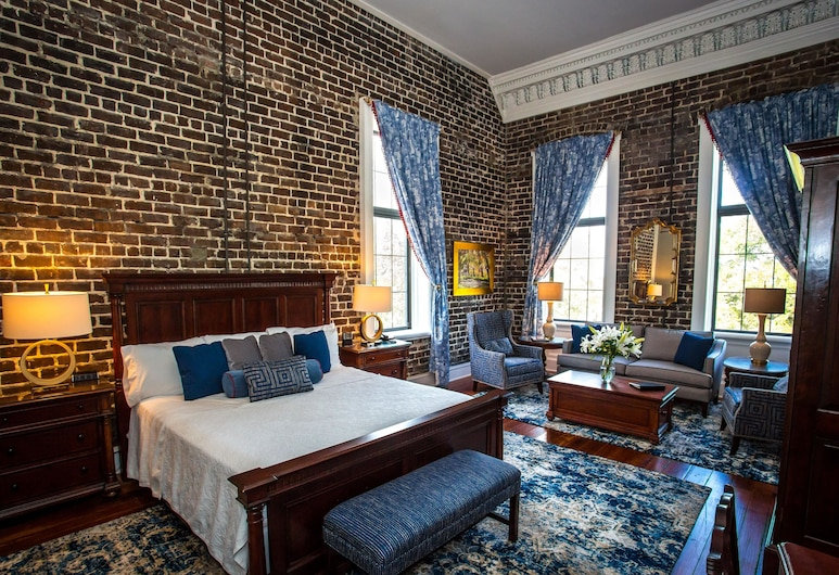 East Bay Inn, Historic Inns of Savannah Collection, Savannah, Suite, 1 King Bed, Corner, Guest Room