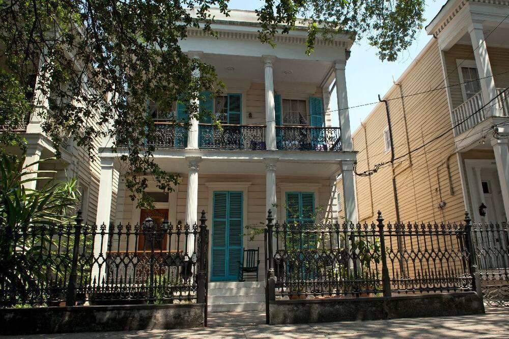 Fairchild House Bed & Breakfast, New Orleans