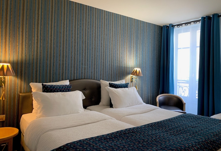 Hotel Central Saint Germain, Paris, Triple Room, Guest Room
