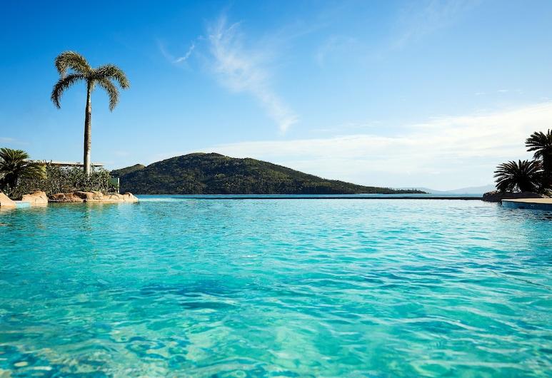 Daydream Island Resort, Daydream Island, Infinity bassein