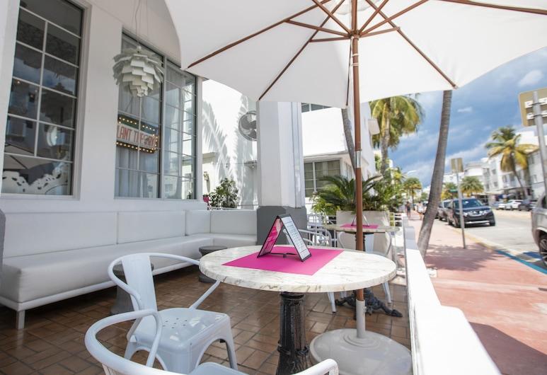 The Whitelaw Hotel, a South Beach Group Hotel, Miami Beach, Terrace/Patio