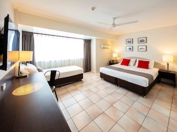 Picture of Hides Hotel Cairns in Cairns