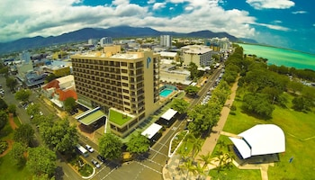 Picture of Pacific Hotel Cairns in Cairns
