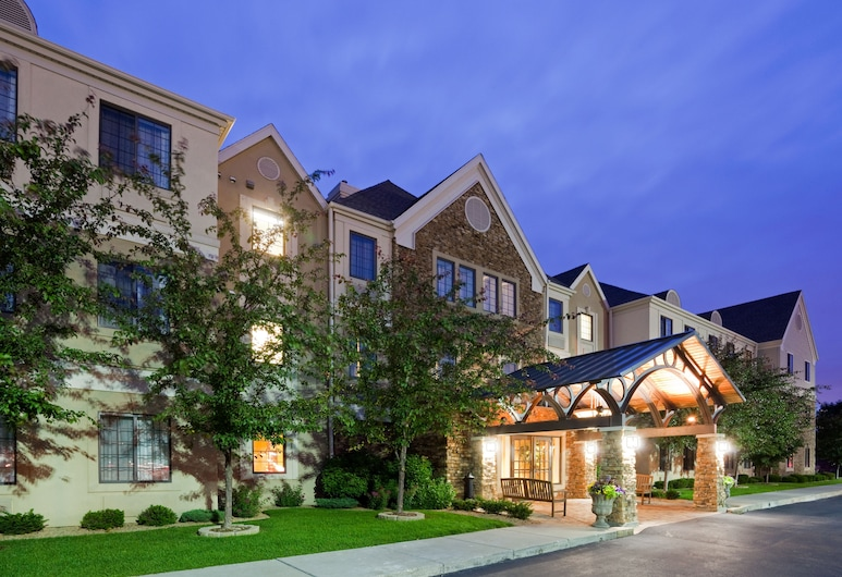 Staybridge Suites Eagan Airport South - Mall Area, איגן