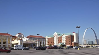 Picture of Casino Queen Hotel in East St. Louis