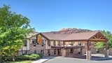 Choose This 2 Star Hotel In Moab