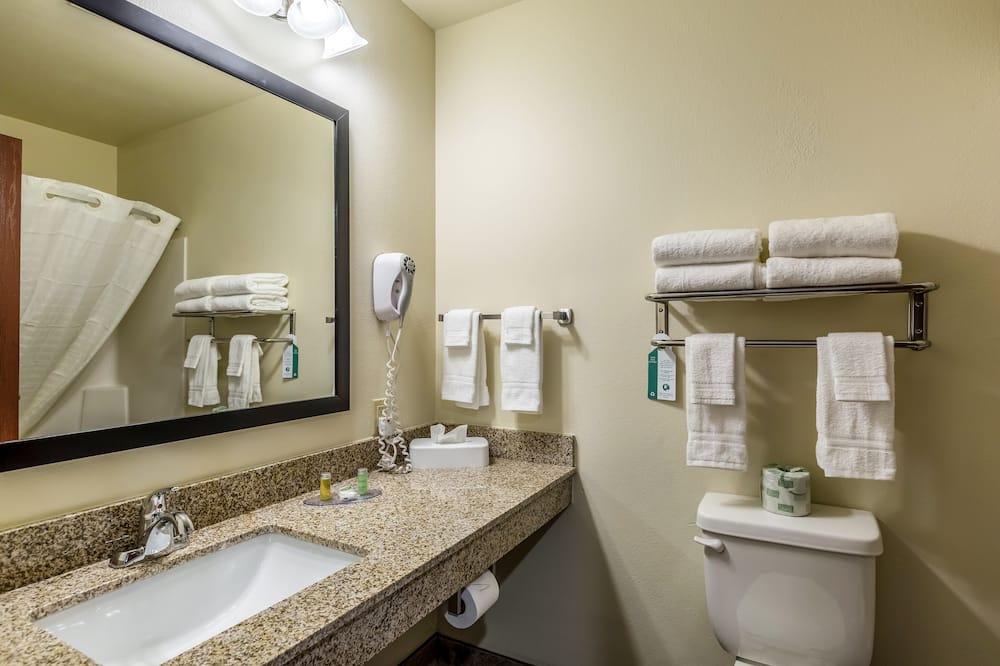 룸, 퀸사이즈침대 2개, 금연 - 욕실
