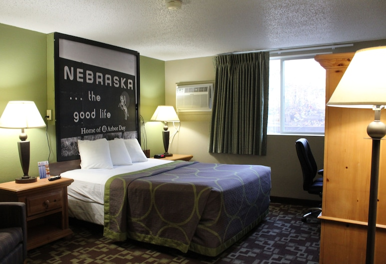 Super 8 by Wyndham Kearney, Kearney, Room, 1 Queen Bed, Accessible, Non Smoking (Mobility Accessible), Guest Room
