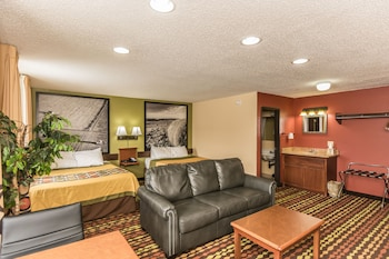 Picture of Super 8 Grand Forks in Grand Forks
