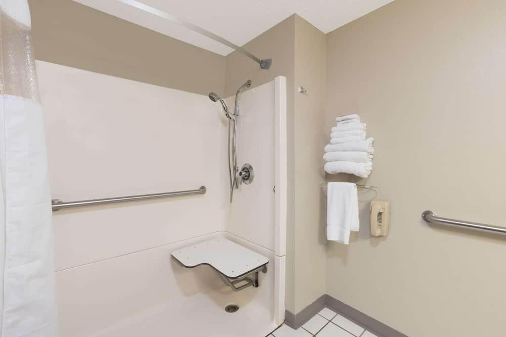 Rom, 1 queensize-seng, handikappvennlig, ikke-røyk (Mobility) - Dusj på badet