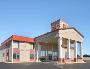 Picture of Super 8 Elk City OK in Elk City