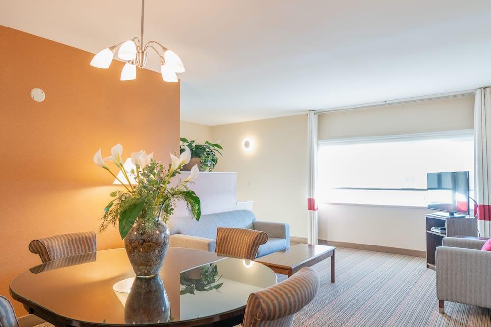 Darījumklases luksusa numurs, 1 divguļamā karaļa gulta, nesmēķētājiem - Dzīvojamā zona