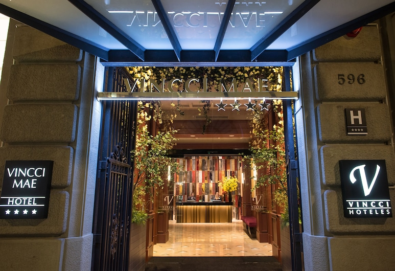 Vincci Mae, Barcelona, Hotellets front