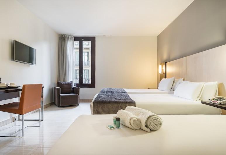 Hotel ILUNION Almirante, Barcelona, Quarto triplo (2 adults and 1 child), Vista (do quarto)