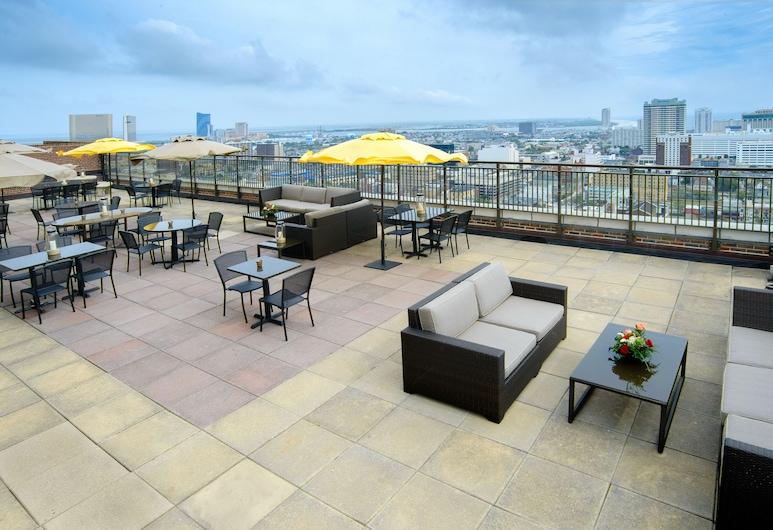 The Claridge - A Radisson Hotel, Atlantic City, Restauration en terrasse
