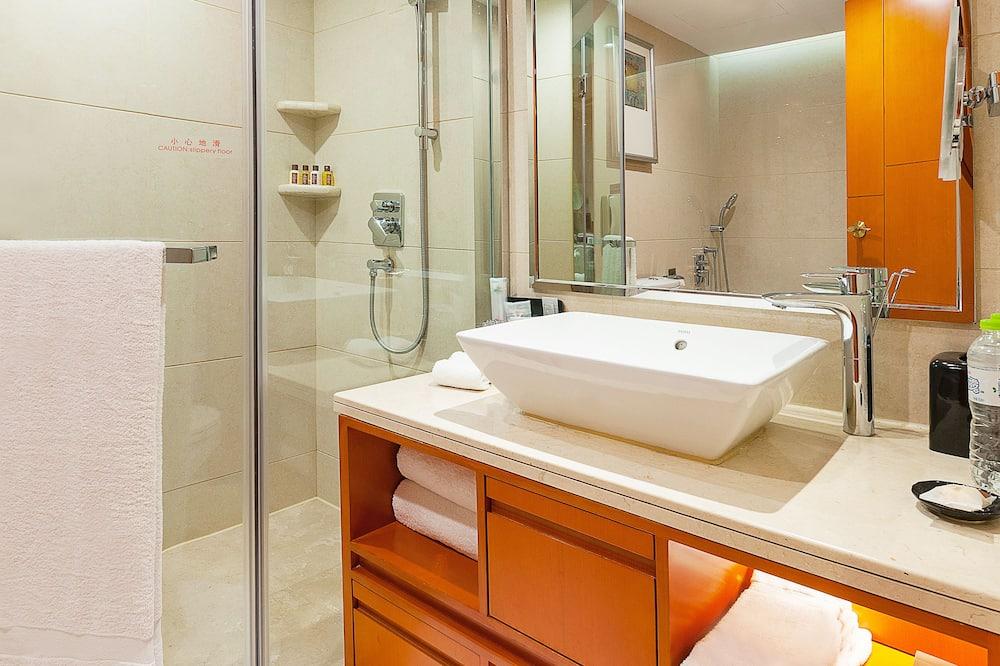Executive Suite, 1 Bedroom, Non Smoking, City View - Bathroom