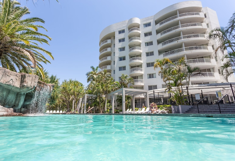 Alpha Sovereign Hotel, Surfers Paradise, Piscina