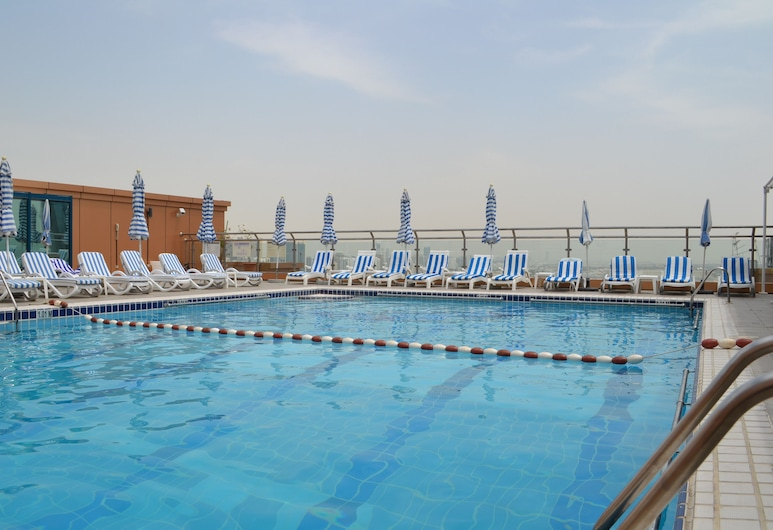 Shreaton Al Khalidiya Hotel, Abú Zabí, Bazén