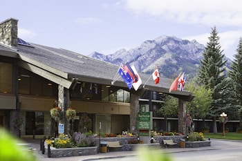 Picture of Banff Park Lodge in Banff