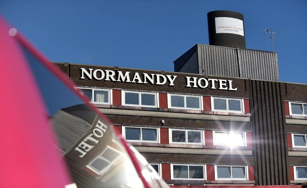 The Normandy Hotel, Renfrew