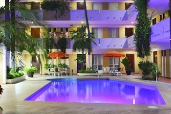 Foto del Azteca Inn en Mazatlán