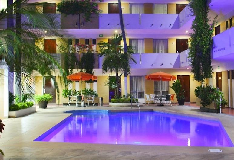 Azteca Inn, Mazatlan, Outdoor Pool