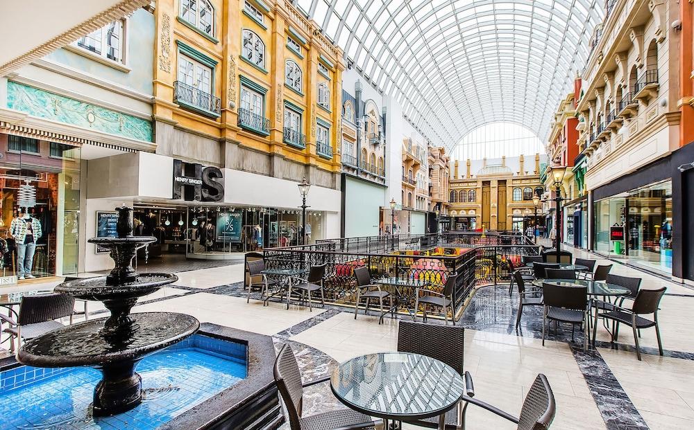 Casino In West Edmonton Mall