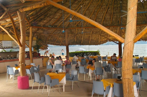 Book Ritz Acapulco Hotel De Playa All Inclusive In Acapulco Hotels Com