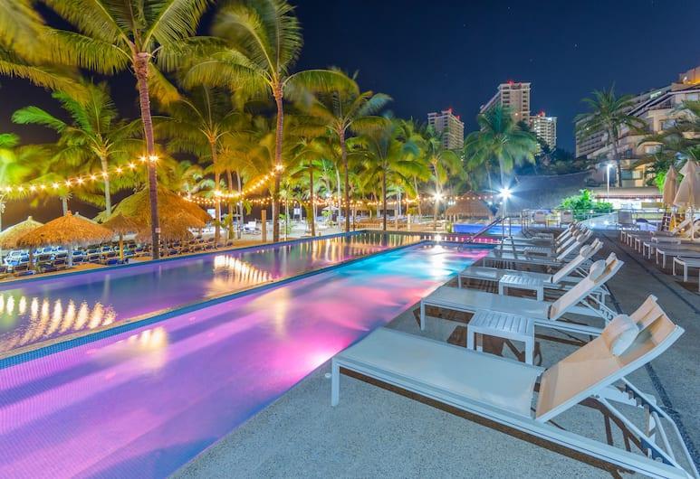 Friendly Vallarta All Inclusive Family Resort & Convention Center, Пуэрто-Вальярта, Открытый бассейн