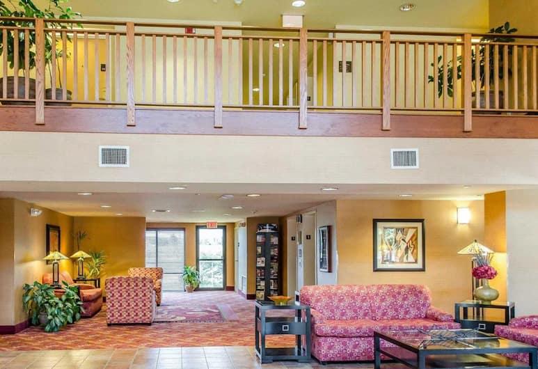 Comfort Inn & Suites, York, Lobby