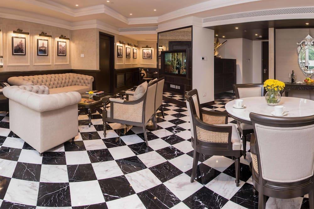 Grande Luxury, סוויטה, חדר שינה אחד - אזור מגורים