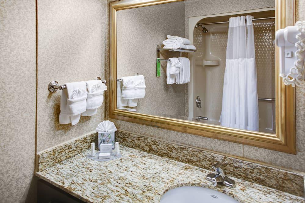 Štúdio, 1 veľké dvojlôžko, nefajčiarska izba - Kúpeľňa