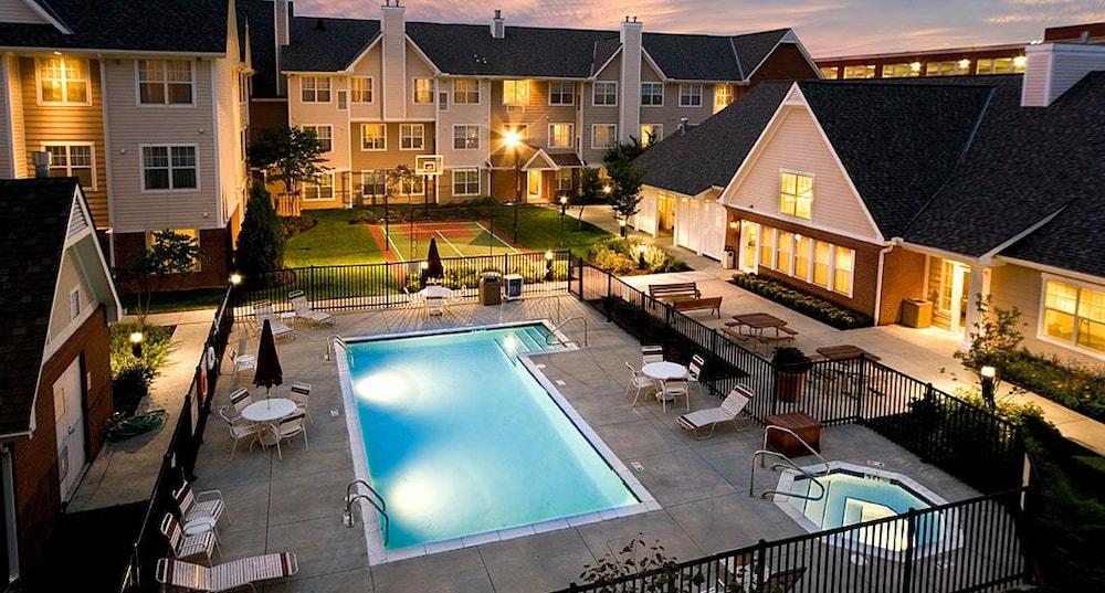 Residence Inn Marriott Easton Columbus Outdoor Pool