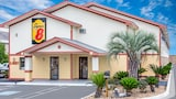 Book this Free Breakfast Hotel in Douglas