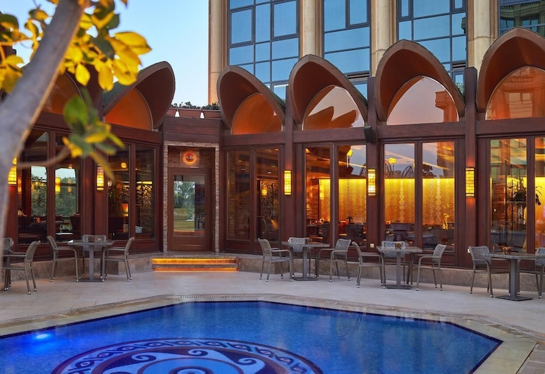 Four Seasons Hotel Cairo at First Residence, Giza, Terrace/Patio