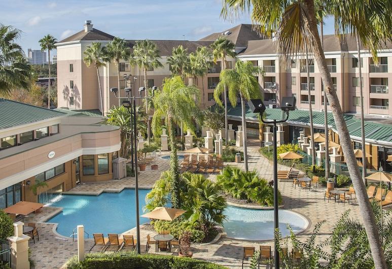 Courtyard Orlando Lake Buena Vista in the Marriott Village, Orlando, Outdoor Pool