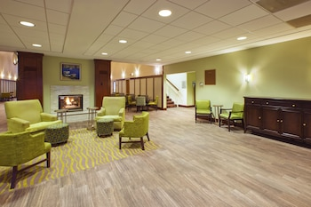 Picture of Hampton Inn and Suites Providence Warwick Airport in Warwick